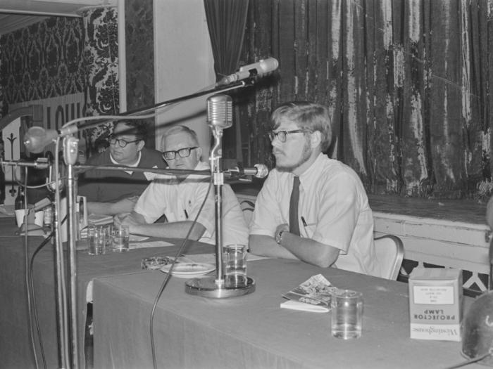 Greg Benford on Baycon Panel, 1968